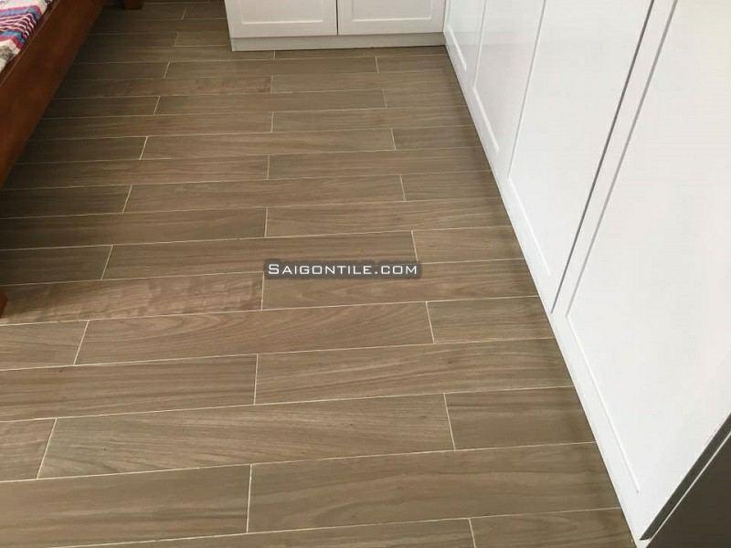 Gạch Bạch Mã 150x900 vân gỗ glazed lát nền giá tốt H95006 mới nhất