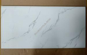 Gạch men ốp tường vân đá marble 40x80 2 rãnh nhập khẩu DBG48011
