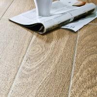 Gạch ốp tường vân gỗ Trung Quốc 150x800 mm