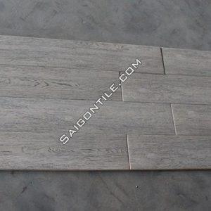 Gạch vân gỗ 150x900 porcelain xám nhạt giá rẻ nhập khẩu DMW15925